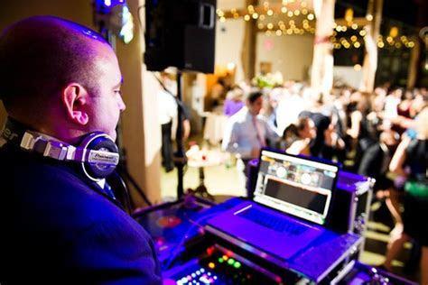 2019 Wedding DJ Costs   Average Prices Per Wedding & Per Hour