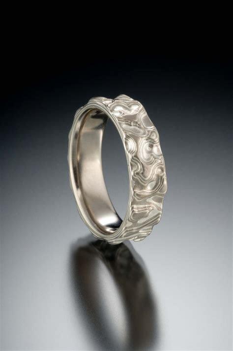 Seamless mokume band in 14k palladium white gold and