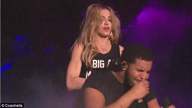 En el dolor: Aunque Madonna no vio su expresión, estaba claramente en el dolor a la experiencia