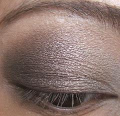 Soft Smoky Eye Look And Tutorial Using Mac Lady Grey Quad
