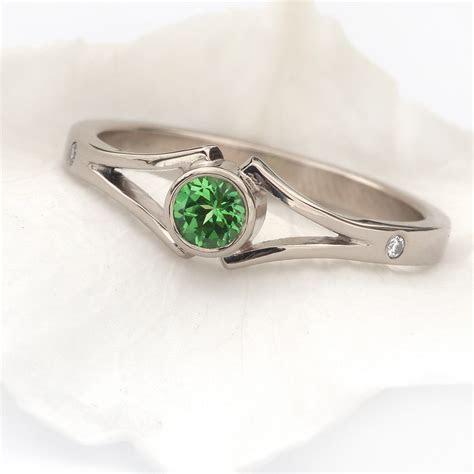 Tsavorite Garnet & Diamond Ring in 18ct White Gold