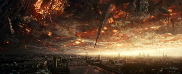 The city of London is about to be decimated by skyscrapers and other objects lifted into the air by the anti-gravity device being used by an alien spacecraft in INDEPENDENCE DAY: RESURGENCE.