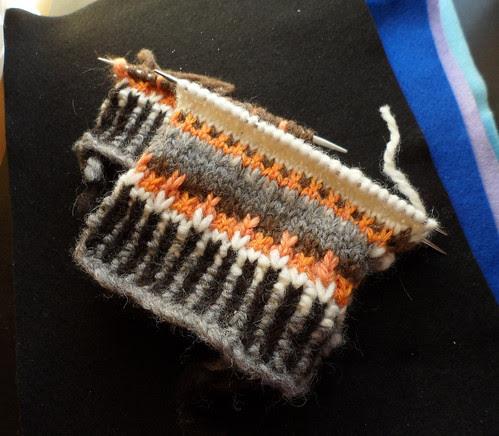 Cascade Caitlin Pullover slip stitch colorwork natrual undyed black white grey brown moorit orange handspun Shetland wool yarn