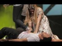 """Ana Paula Valadão causa polêmica ao realizar """"ato profético de transferência de gerações"""" durante o Congresso de Adoração e Intercessão Diante do Trono"""
