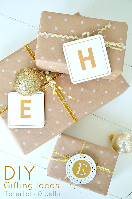 Make Coaster & Ornament Initial Gift Tags [And Win a $100 Shutterfly Gift Certificate]! -- Tatertots and Jello