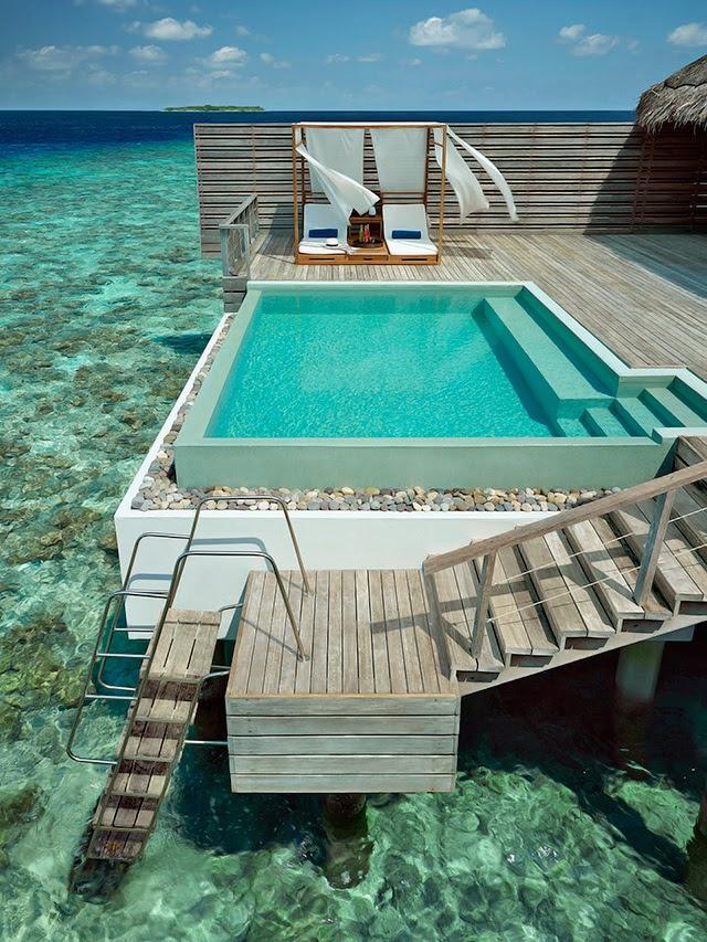Dusit Thani Maldivas 10