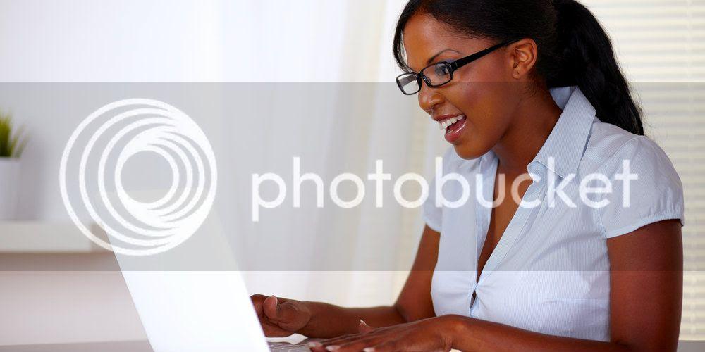 photo womanatlaptop.jpg