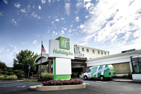 hampton ballroom  holiday inn plainview