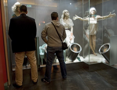 Mannequins Decorate Portugal Bathrooms | Impact Lab