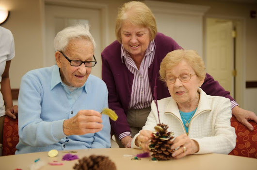 'Tis the Season: Managing Caregiver Stress During the Holidays