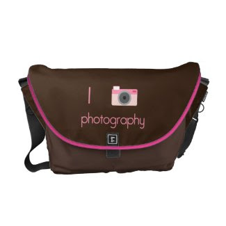 I Heart Photography rickshawmessengerbag