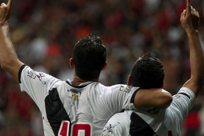 nenê gol vasco flamengo (Foto: Tiago Vieira / Metrópoles)