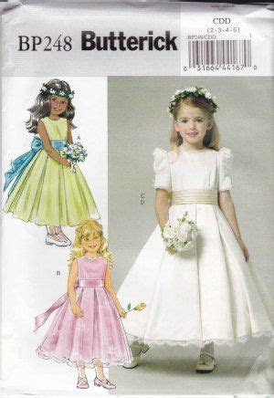 Have your flower girl dressed like Kate Middleton's flower