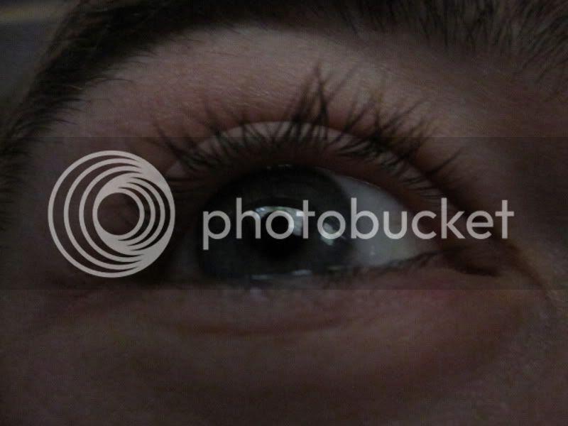 macro setting for eye closeup