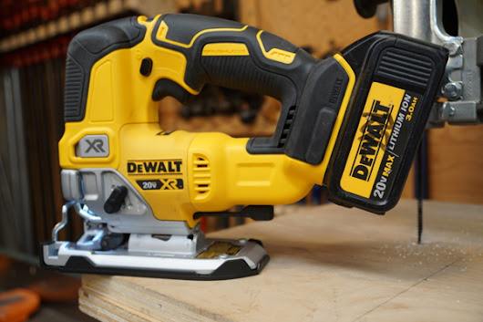 DEWALT DCS334 XR Jig Saw Review