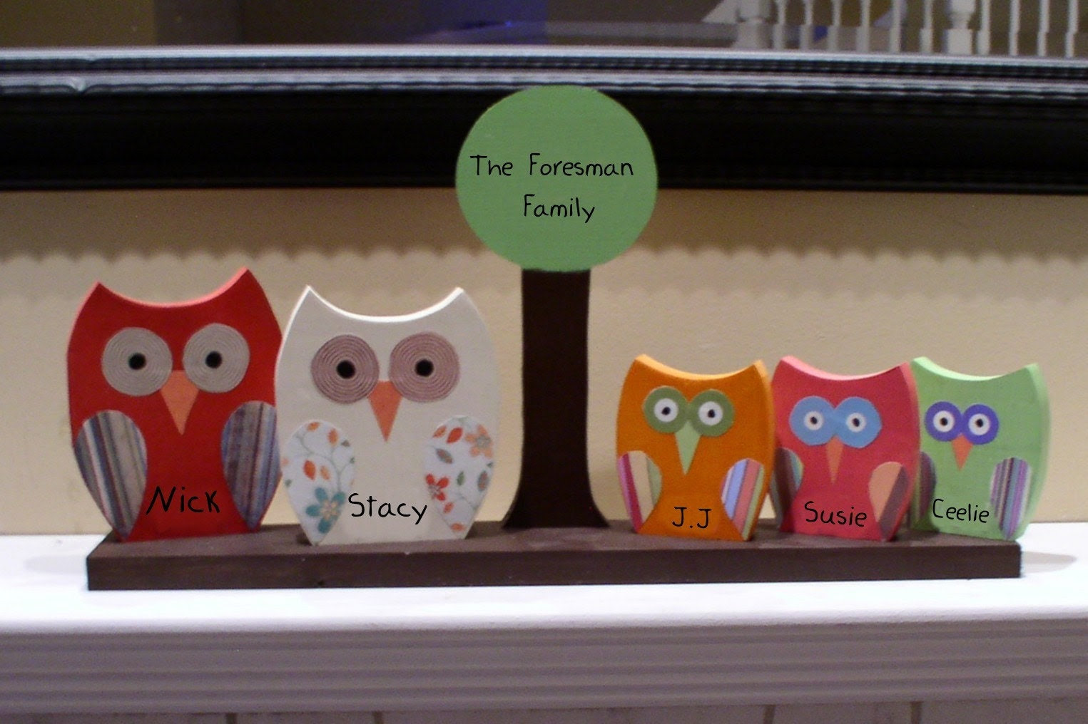 Personalized Wooden Owl Family-5 OWLS AND 1 TREE GREAT MOTHER'S DAY GIFT
