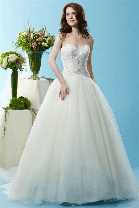 Designer Wedding Gowns in Ligonier, PA   Bridal Shop near