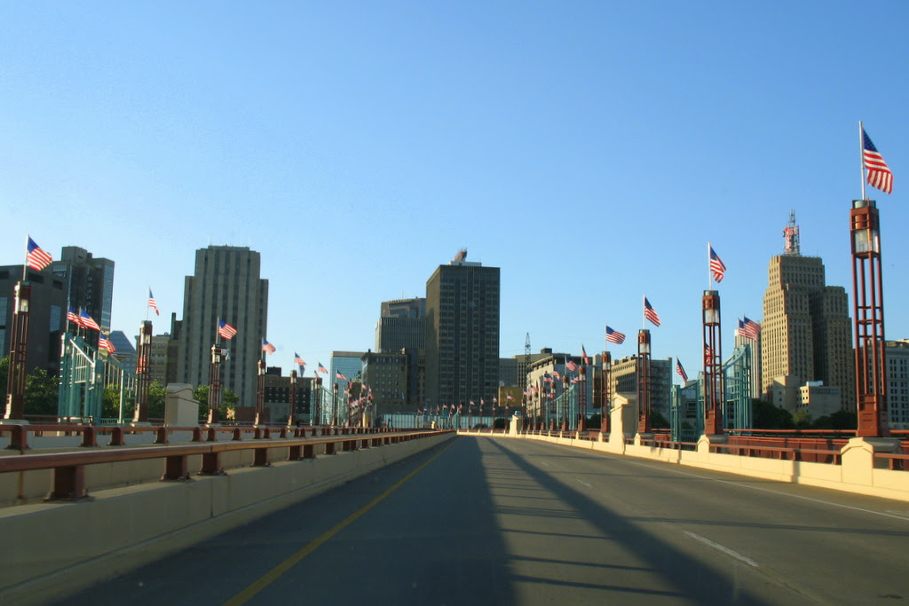 The view as you make your way into downtown St Paul via the Wabasha Street Bridge.