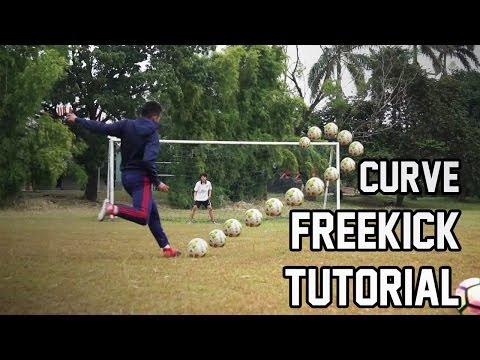 tutorial tendangan pisang sepak bola