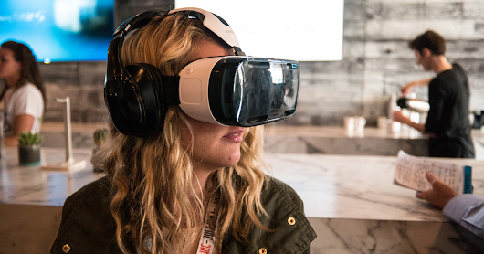 5 Ways Virtual Reality Will Change The Workplace