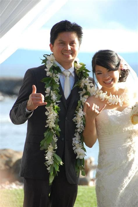 Leis for the bride and groom   Wedding Leis   A Hawaiian