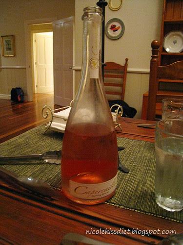 sparking rose dessert wine