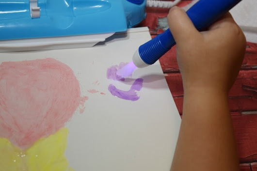 Crayola Color Wonder Magic Light Brush | The TipToe Fairy