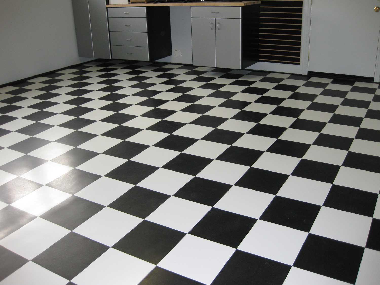 Black Vinyl Flooring | Feel The Home