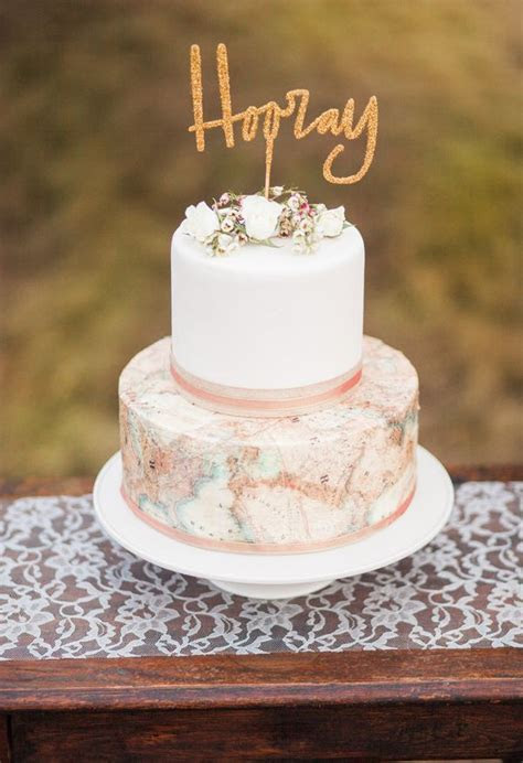 17 Best ideas about Gold Cake Topper on Pinterest
