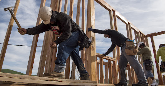 Home builder confidence hits 8-month high in November