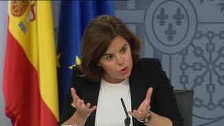 La vicepresidenta del govern espanyol, Soraya Sáenz de Santamaría, en la roda de premsa posterior al Consell de Ministres d'aquest divendres