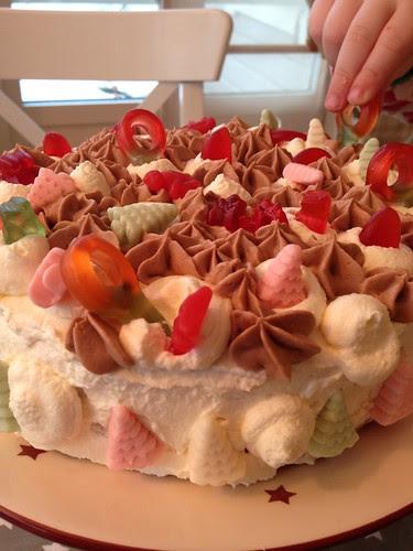 Per's finished birthday cake