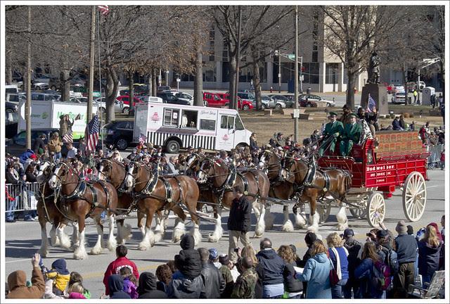 Veterans Parade 17