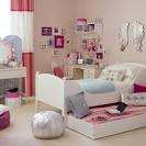 Amazingly Cute Girls Bedroom Ideas With Small Bed And Laminate ...