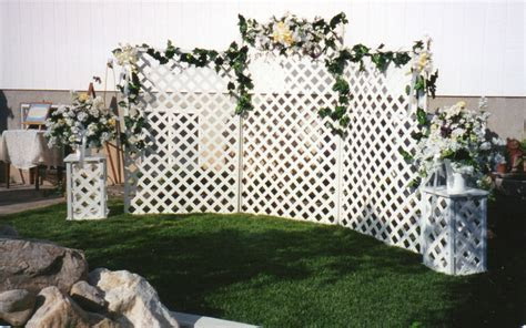 Five Ways to Enhance Outdoor Wedding Décor