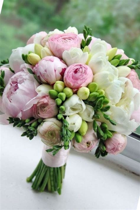 Best 25  Bouquet of flowers ideas on Pinterest   Wedding