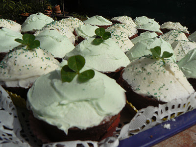 green cupcakes.jpg