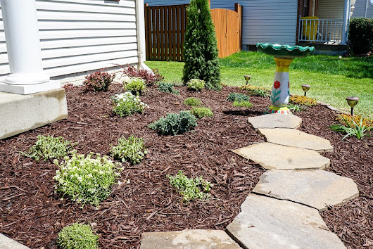 DIY Landscaping for the Front Yard - All Things Fadra