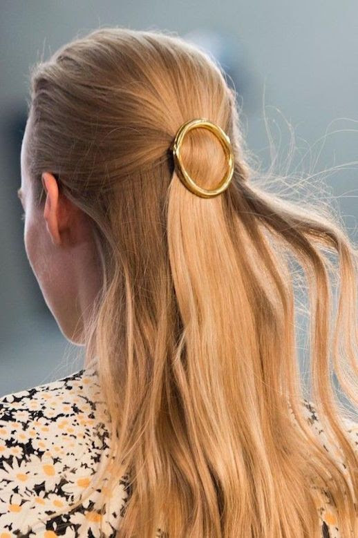 Le Fashion Blog 15 Ways To Wear Round Circle Hair Clip Pin Accessory Hairstyle Loose Wavy Half Up Do Gold Floral Print SS15 Via Celine