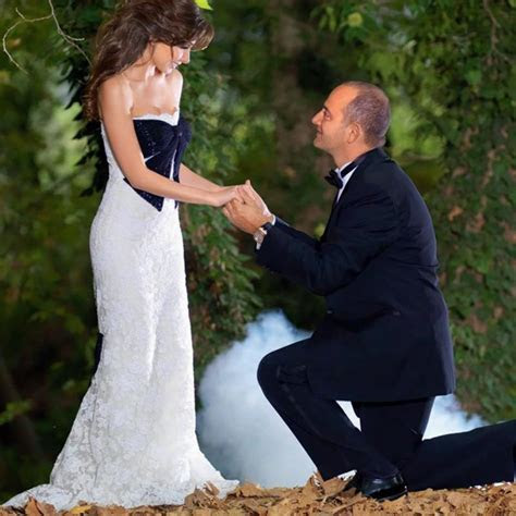 Nancy Ajram Wedding Dresses White Lace With Black Bow