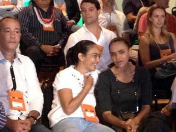 Ex-senadora e atual vereadora de Maceió, Heloísa Helena (PSOL) participa de lançamento de partido ao lado de Marina Silva (Foto: Iara Lemos/ G1)