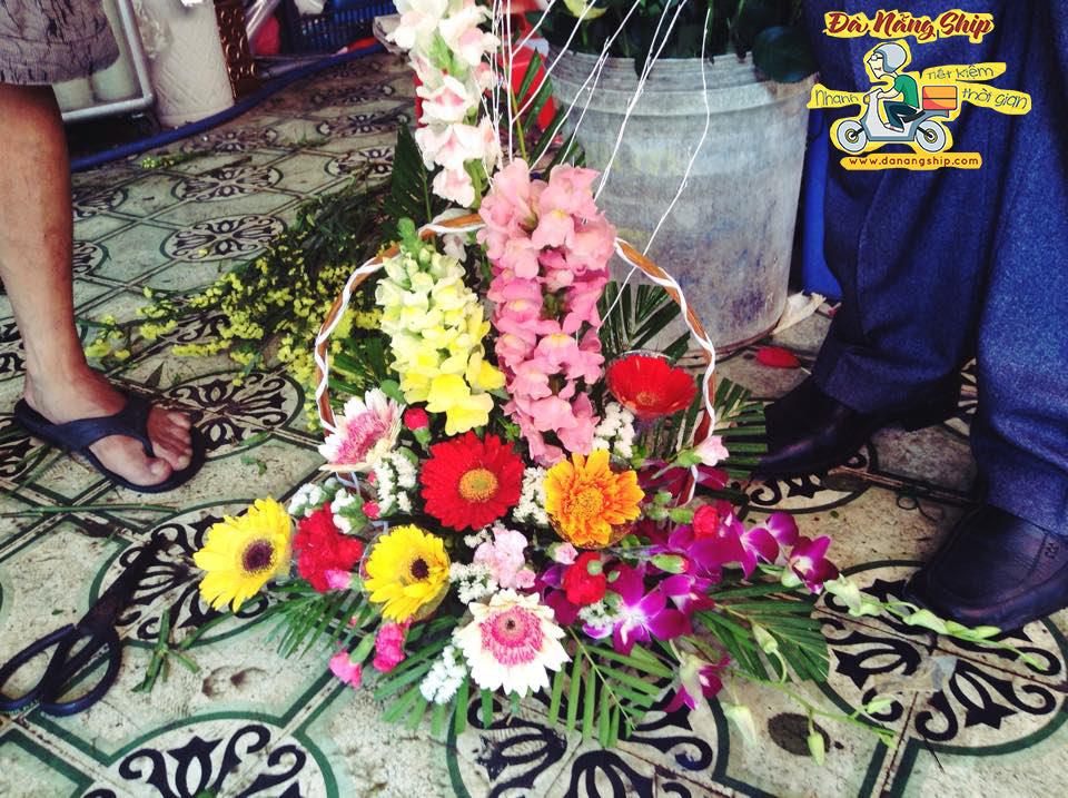 Giao hoa tan nha tai Da Nang - Da Nang Ship
