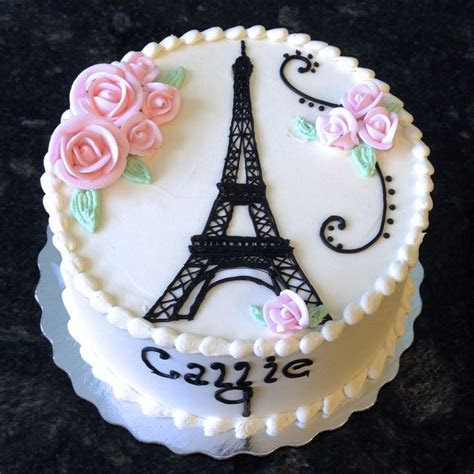 Best 25  Eiffel tower cake ideas on Pinterest   Fondant