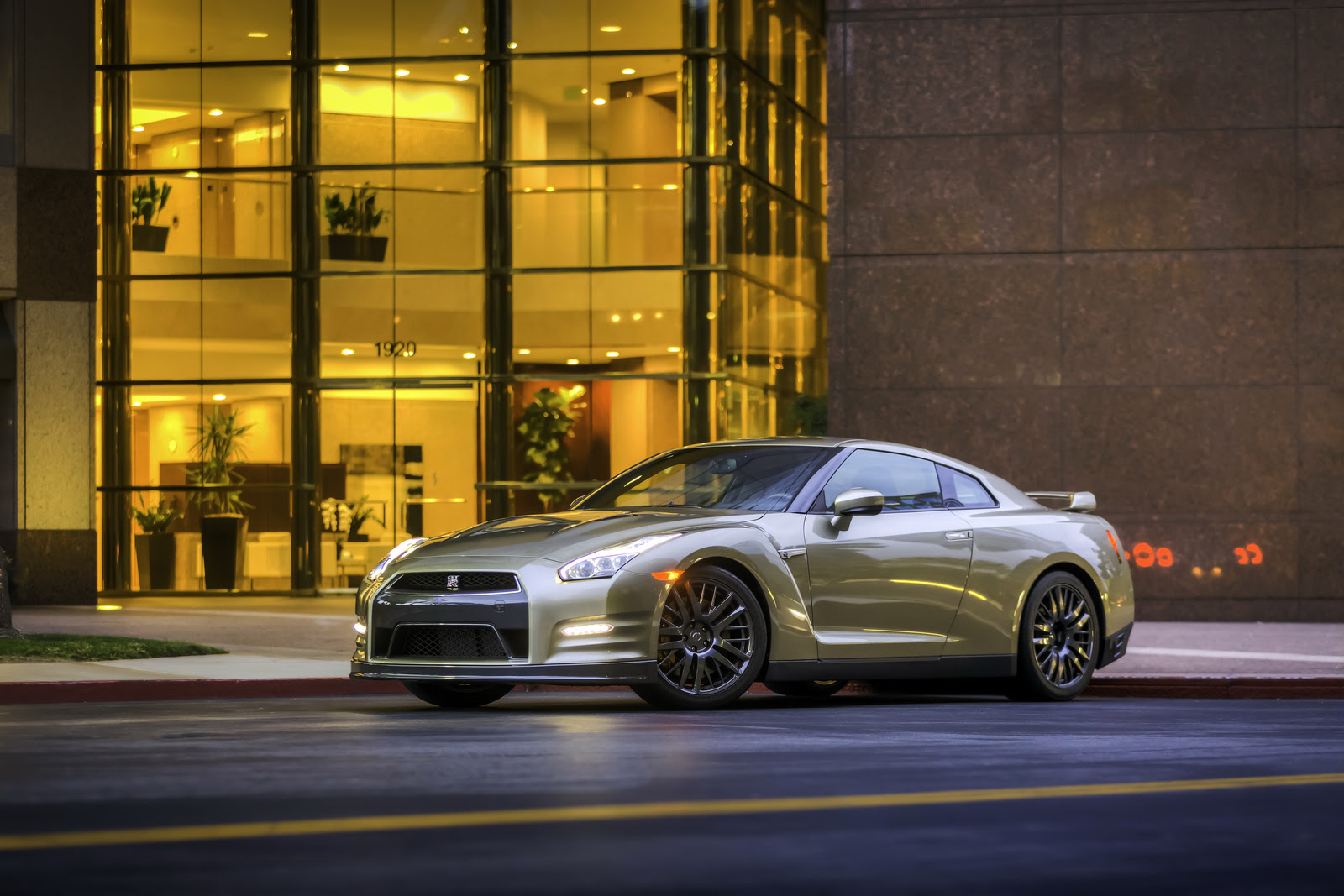 2016 Nissan Gtr Gold Edition