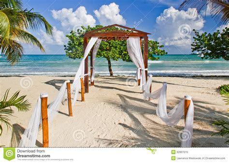 Romantic Beach Wedding Location In Jamaica Royalty Free