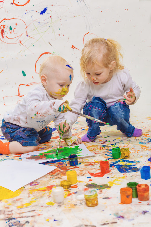 Free Painting with Toddlers - the Benefits of Painting, for Kids - HEN Family