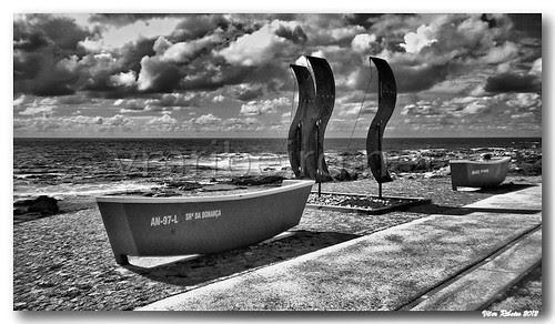 Vila Praia de Âncora (b/w) by VRfoto