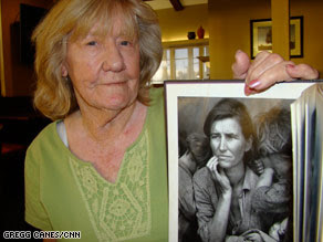 """McIntosh says the photo helped motivate her to """"make sure I never lived like that again."""""""