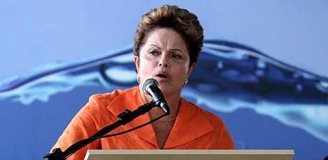 Dilma quer reforçar a presença no Nordeste, onde vem perdendo apoio da base eleitoral que a sustentava / Foto: Clemilson Campos/Acervo JC Imagem