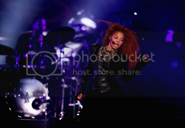 photo janetjacksonunbreakable.jpg